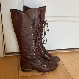 Steve Mdden high lace up leather boots